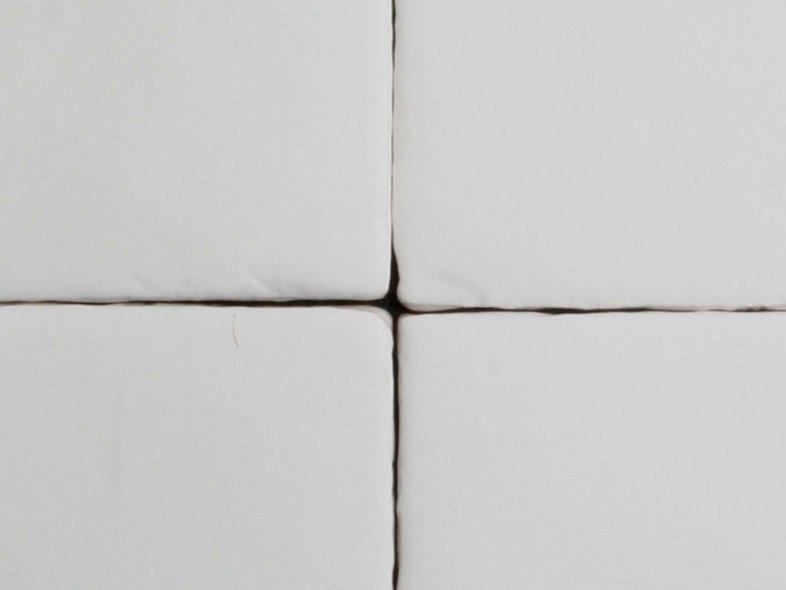 Handvorm 10x10 mat witte tegels tegelgemak - Witte matte tegel ...